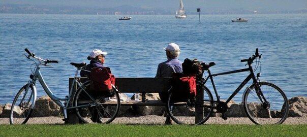 Rentner und See